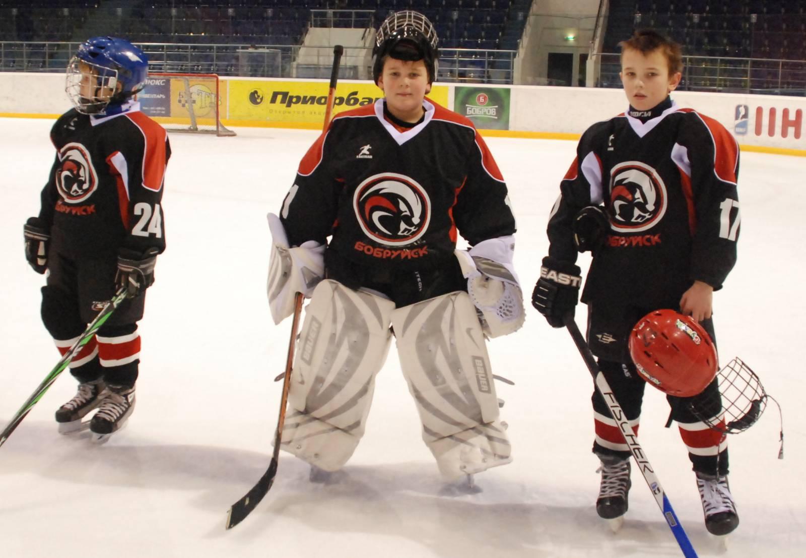 Фото ребёнок в хоккейной форме